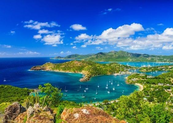 Location bateau Antigua 1