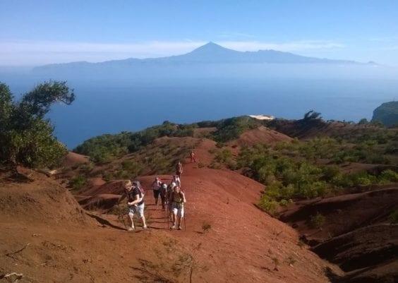 Location bateau Union: Une île montagneuse magique, havre de paix