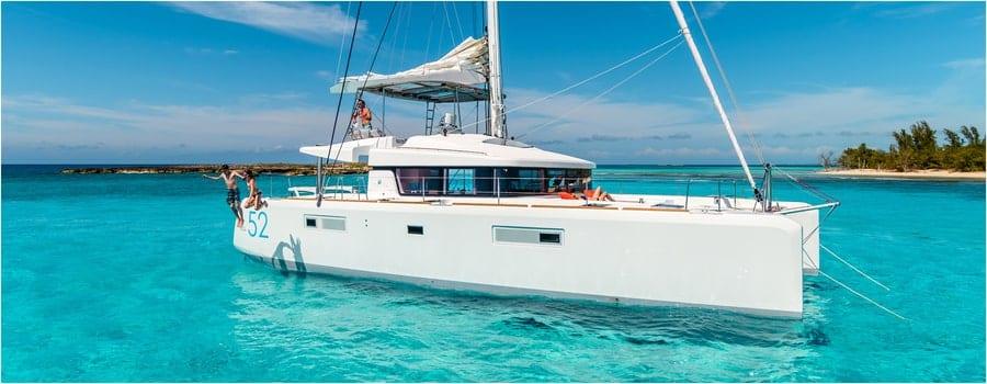 location de bateaux caraïbes moyenne gamme